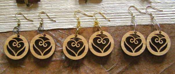 logo, charm, wooden, earrings, etsy, blog, life, heart, love, earth, ethical, sustainable, ecofriendly